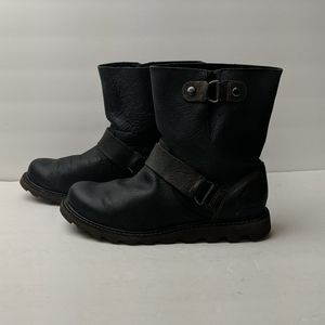 Sorel Moto black leather boots size 7